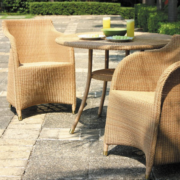 Cordoba Bistro Round 790 Outdoor Table 2