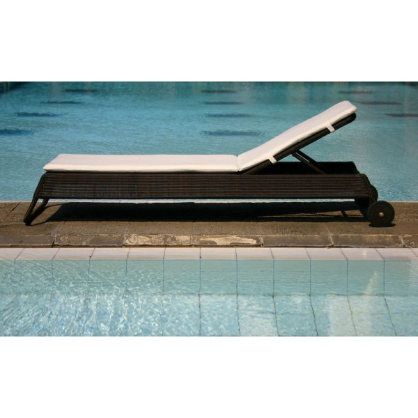 Cordoba Outdoor Sun Lounger 3