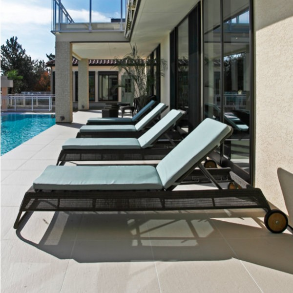 Cordoba Outdoor Sun Lounger 1