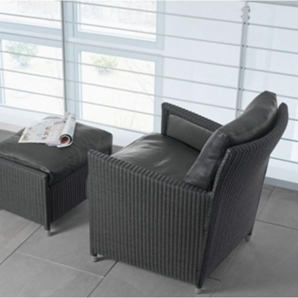 Loge Chair 3