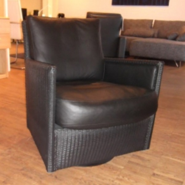Loge Twist Chair 3