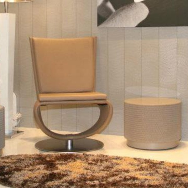 Pivo Chair 3