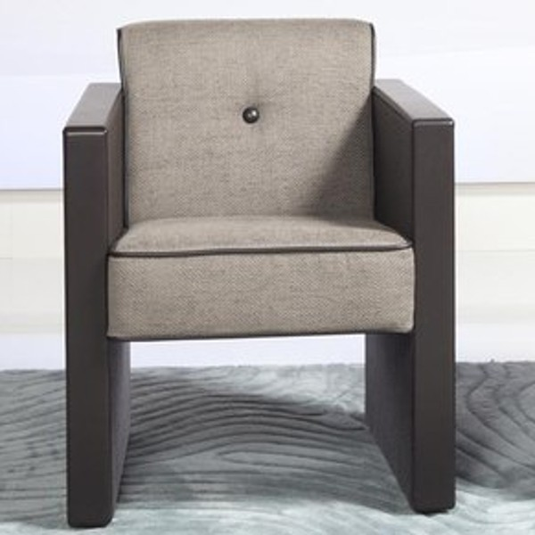 Quadro Chair 2