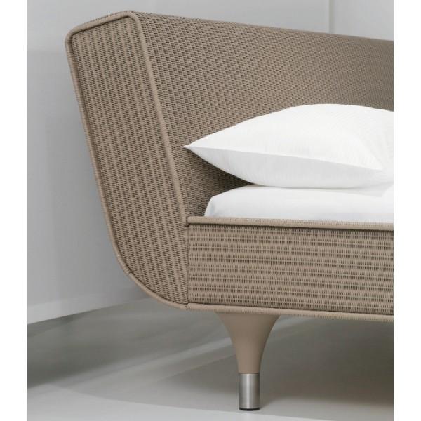 Sato Bed 4