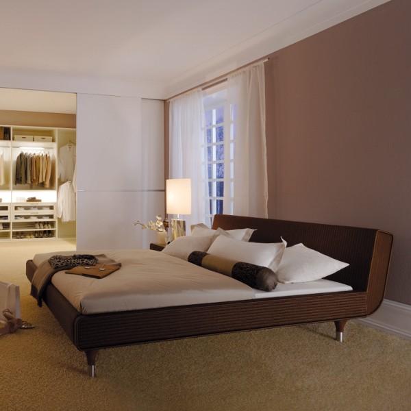 Sato Bed 3