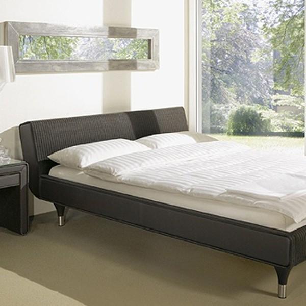 Sato Bed 2