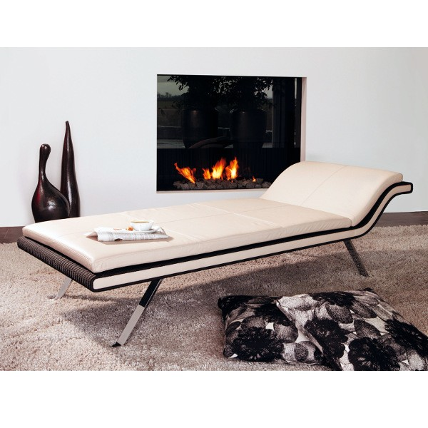 Tamis Chaise Lounger 2