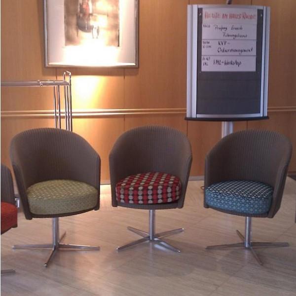 Thirty Chair Plus 2